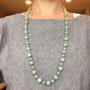 Beaded necklace with heart earrings
